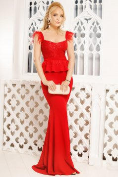 Red occasional mermaid cut dress with feather details