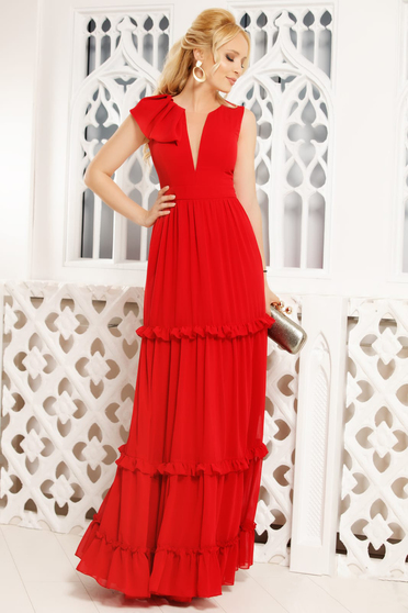 Red dress with v-neckline with ruffle details from veil fabric