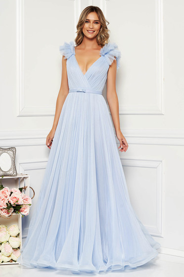 Ana Radu lightblue luxurious dress from tulle with inside lining with deep cleavage with push-up cups
