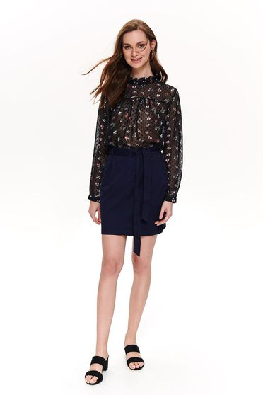 Darkblue skirt casual straight short cut accessorized with tied waistband