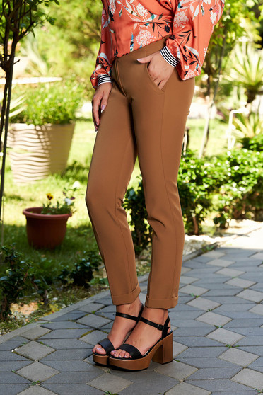 Brown trousers elegant medium waist with pockets with tented cut