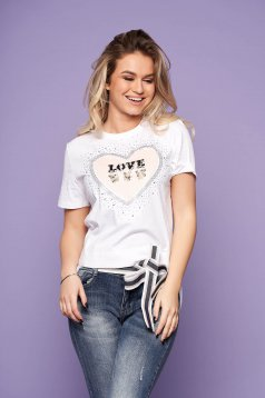 White casual short sleeves flared t-shirt