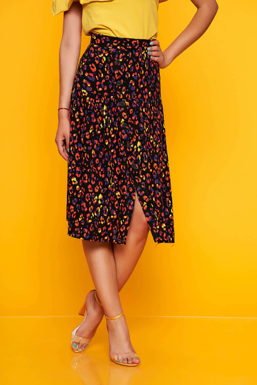 Black skirt casual midi with floral print cloche