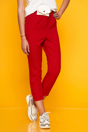 Red trousers casual straight medium waist with pockets accessorized with belt