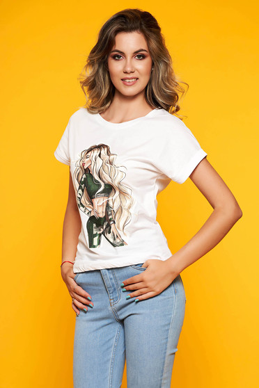 White t-shirt casual flared cotton with rounded cleavage with graphic details