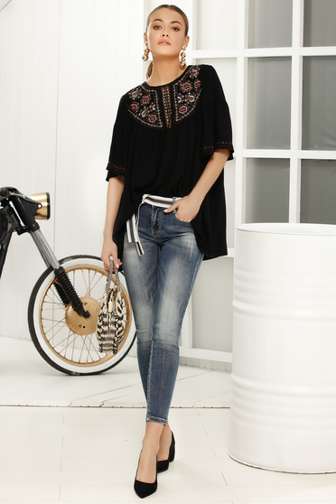 Black women`s blouse with easy cut 3/4 sleeve airy fabric
