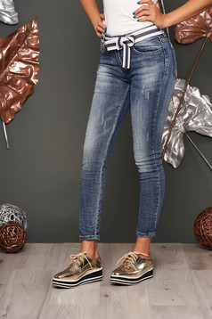 Blue casual medium waist jeans prewashed fabric denim