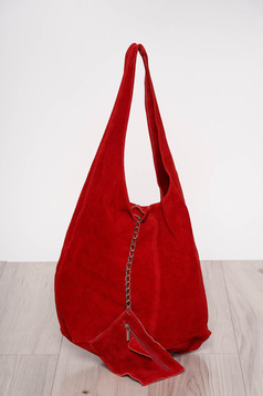 Red casual bag medium handles with an accessory