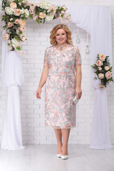 Lightpink dress occasional elegant straight midi laced with rounded cleavage