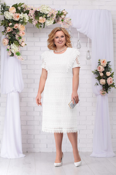 Ivory dress elegant straight midi laced short sleeves with rounded cleavage