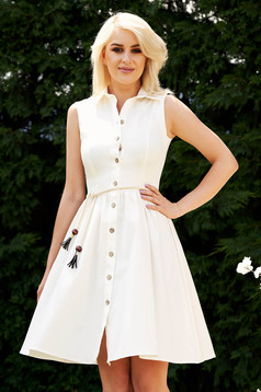Ivory dress casual daily with a collar cloche midi sleeveless is fastened around the waist with a ribbon