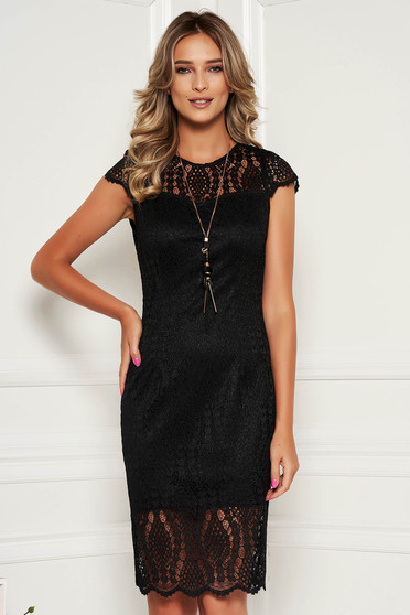 Black dress elegant laced with laced sleeves with rounded cleavage midi