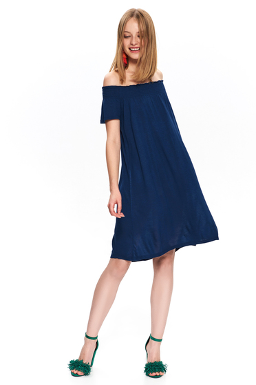 Short cut casual flared darkblue dress with naked shoulders
