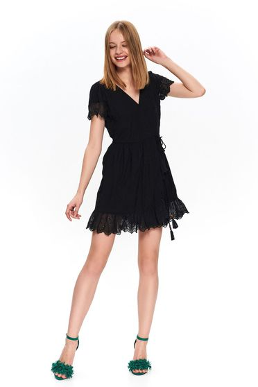Black short cut cloche casual dress with v-neckline and lace details