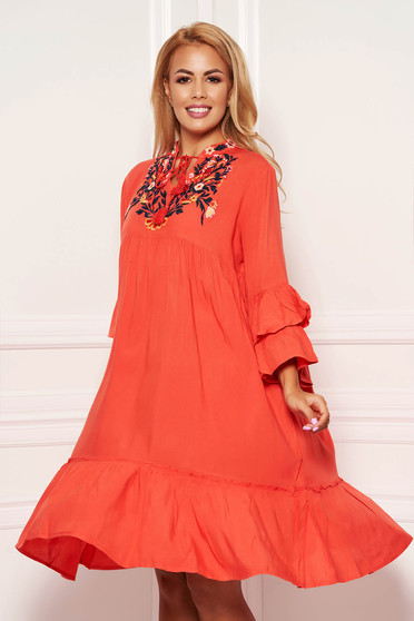 Coral daily flared nonelastic cotton dress with laced details and front embroidery