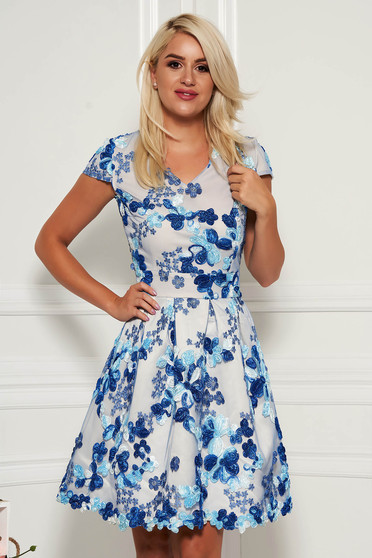 Blue dress occasional short cut cloche with v-neckline short sleeves
