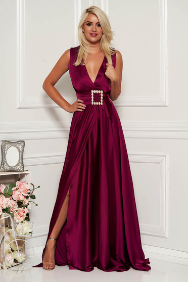 Purple dress occasional long cloche thin fabric with v-neckline from shiny fabric
