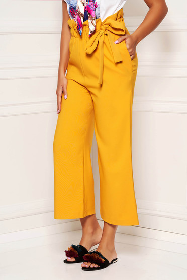Mustard casual straight 3/4 trousers