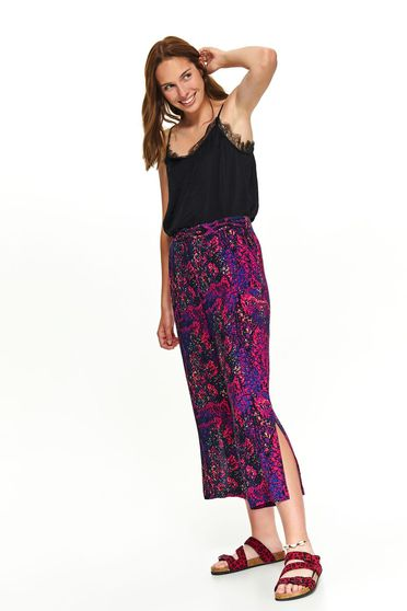 Pink trousers casual with easy cut 3/4 snake print cut material