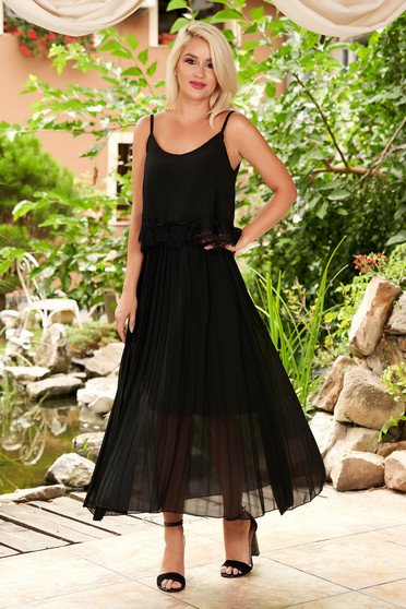 Black dress daily midi flared from veil fabric folded up with straps