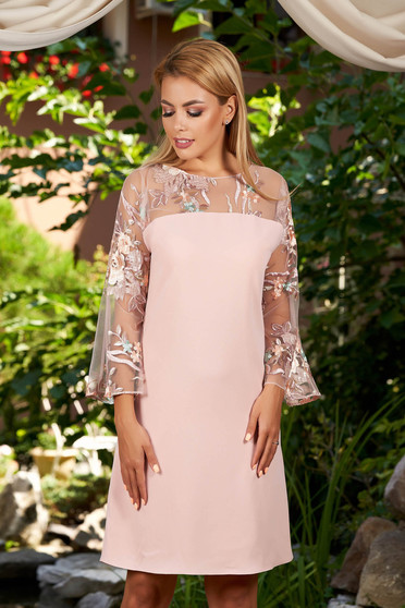 Lightpink dress short cut straight daily with bell sleeve with rounded cleavage embroidered