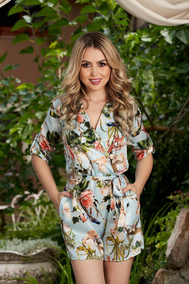 Lightblue jumpsuit with floral print casual with deep cleavage with 3/4 sleeves