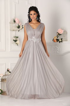 Silver dress occasional cloche with push-up cups with v-neckline from veil fabric