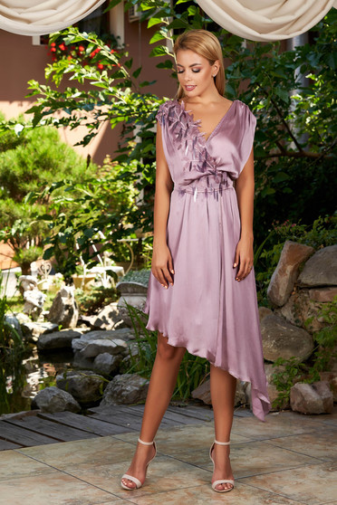 Lila dress occasional asymmetrical cloche with v-neckline with sequin embellished details from satin