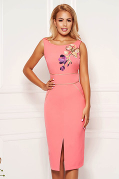 StarShinerS coral elegant dress with tented cut with embroidery details