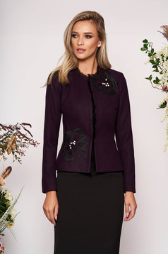 Tented elegant purple jacket thick fabric with long sleeve and pearls