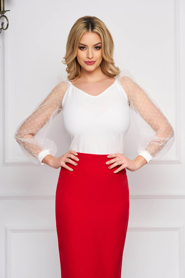StarShinerS ivory women`s blouse with tented cut with v-neckline with puffed sleeves