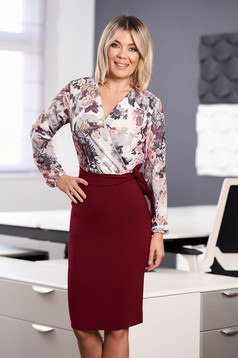 StarShinerS burgundy dress elegant midi pencil with floral print with v-neckline wrap over front accessorized with tied waistband