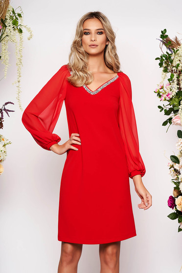 StarShinerS red dress occasional short cut straight scuba from elastic fabric with veil sleeves with v-neckline with embellished accessories
