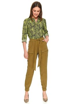 Green trousers casual long high waisted accessorized with tied waistband with front pockets