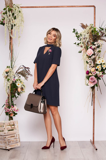 StarShinerS darkblue dress elegant short cut flared cut-out bust design accessorized with breastpin