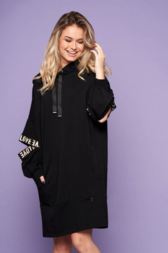 Black dress casual flared cotton short cut with undetachable hood with front pockets