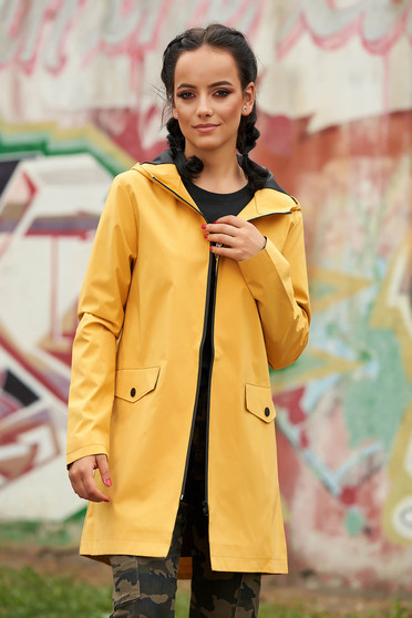 Mustard trenchcoat casual short cut long sleeve with pockets with inside lining