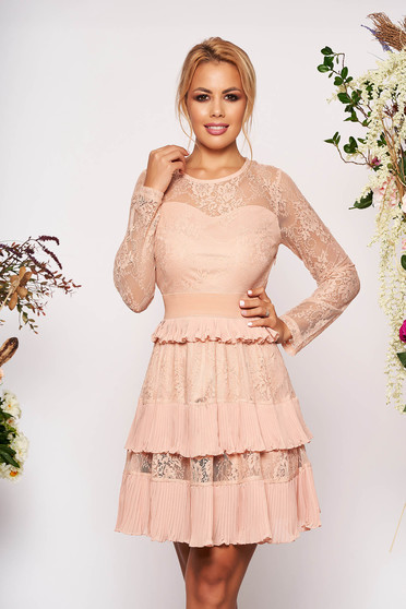 Lightpink dress occasional short cut cloche laced pressure-free border long sleeved with laced sleeves