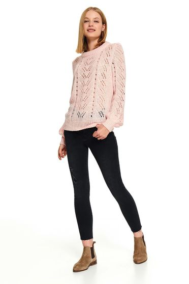 Pink casual short cut flared sweater knitted fabric with rounded cleavage