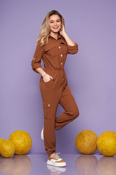 Brown jumpsuit casual flared is fastened around the waist with a ribbon thin fabric with front pockets