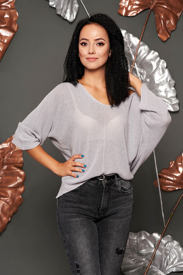 Grey sweater casual flared short cut knitted fabric with v-neckline large sleeves