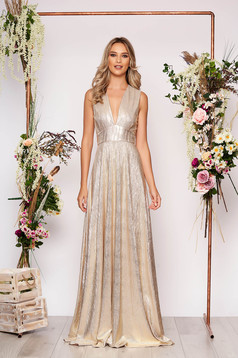 Gold dress occasional long cloche sleeveless with deep cleavage with v-neckline with inside lining