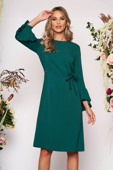 Midi elegant cloth flared long sleeved neckline detachable cord green dress