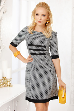 Black dress elegant short cut straight cloth thin fabric with 3/4 sleeves with graphic details
