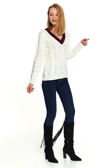 White casual knitted sweater with long sleeves and v-neckline