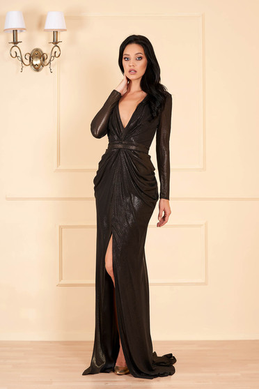 Ana Radu black dress luxurious long with deep cleavage with v-neckline long sleeved with inside lining