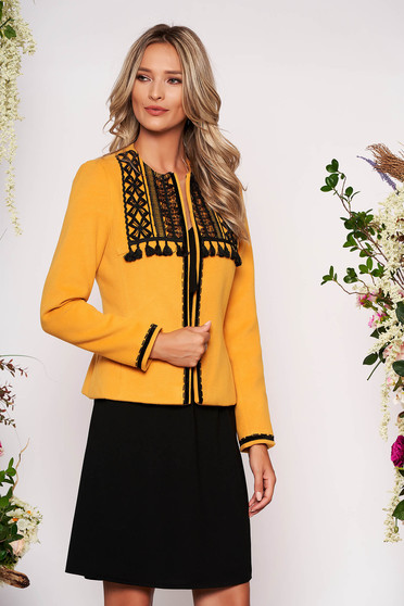 Mustard jacket elegant short cut tented wool long sleeved with padded shoulders