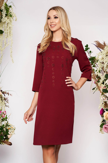 Burgundy dress elegant midi straight cloth thin fabric with 3/4 sleeves with small beads embellished details with crystal embellished details