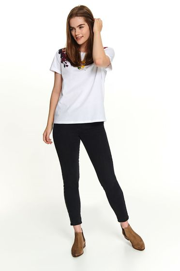 White t-shirt casual short cut cotton with rounded cleavage short sleeves