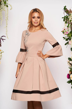 Cream dress elegant midi cloche with bell sleeve with 3/4 sleeves with rounded cleavage